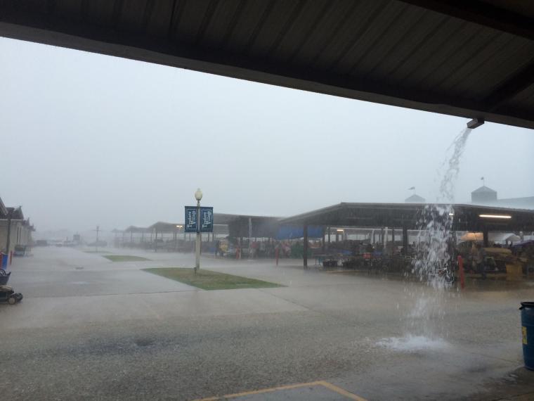 Houston Downpour-Texisms-USMexpats.wordpress.com-Texas-Houston-Shopping-Trader's Village