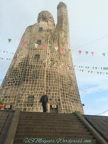 Patzcuaro-monument-statue-usmexpats.wordpress.com