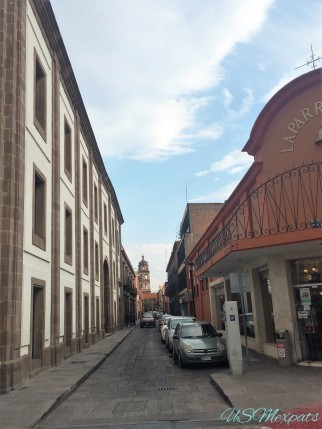 San Luis Potosi street view near church USMexpats 1
